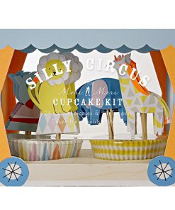 Silly Cirkus Cupcakesæt - med løver, giraffer, elefanter og søløver.