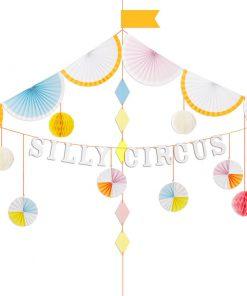 Flot og festlig cirkus guirlande fra Silly Cirkus temaet