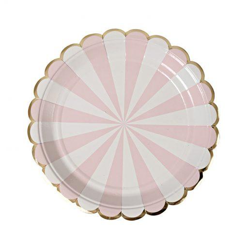 lyserød og hvid tallerken med guldbort