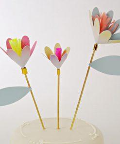 3 blomster lagkagepynt fra Meri Meri