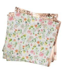 Små servietter med småblomstret mønster